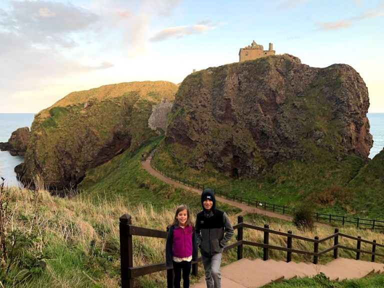 Kids in front of Dunnottar Castle